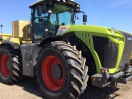 2017 CLAAS Tractor 4WD Xerion 5000