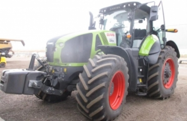 2019 CLAAS Tractor Axion 920
